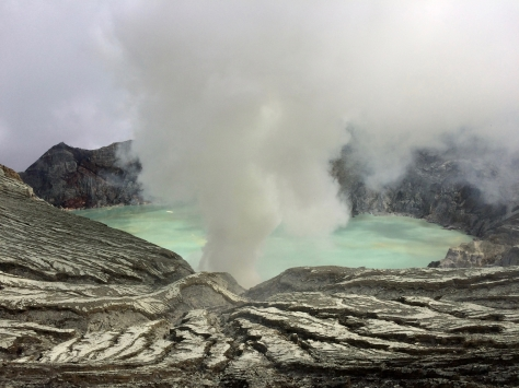 volcano, active volcano, acid soup, ijen crater, kawan ijen, Terry Donohue, Java, Indonesia