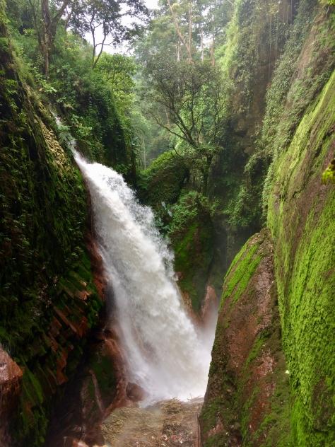 Ijen, Ijen crater, ijen plateau, gunung ijen, Java, Indonesia, Banyuwangi, waterfall, blawan, rollas, Terry Donohue