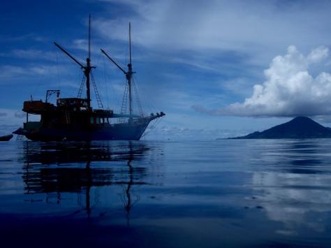 snorkeling, sunset, gunung api, pulau ai, banda, bandas, banda islands, pulau banda, Terry Donohue, Indonesia